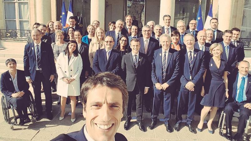 JO 2024: le selfie d'Estanguet à l'Elysée avec Macron et les membres du CIO