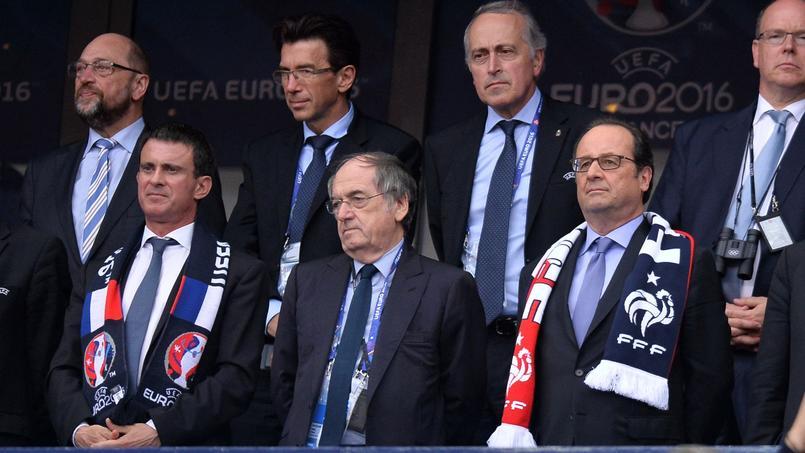 Benzema sous-entend que sa mise à l'écart peut venir de Valls et Hollande