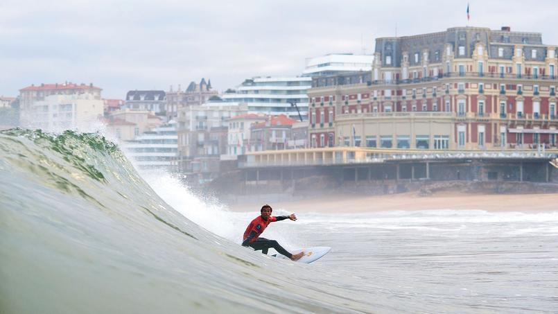biarritz capitale du surf. Black Bedroom Furniture Sets. Home Design Ideas