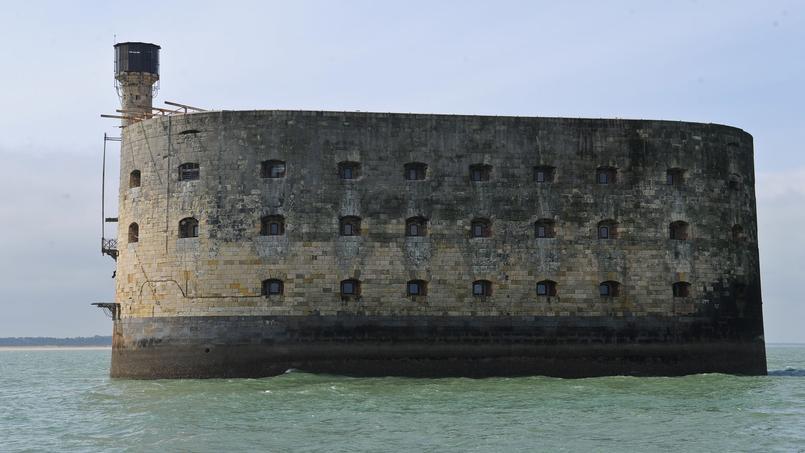 Le Fort Boyard accueille des équipes de tournage internationales.