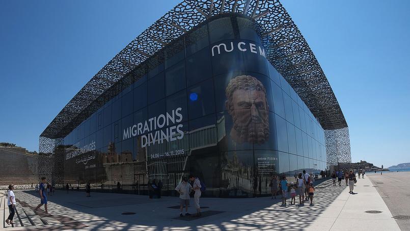 Le Mucem à Marseille, laisseront leurs espaces, avec vue sur la mer, à des danseurs et des musiciens traditionnels, le samedi 20 mai.