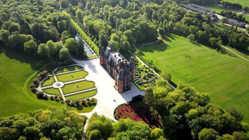 Vu aérienne du château et du domaine de Trevarez.