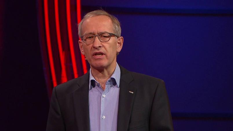 Michael Ambühl, lors de TEDxZurich en janvier 2016. Crédit: YouTube.