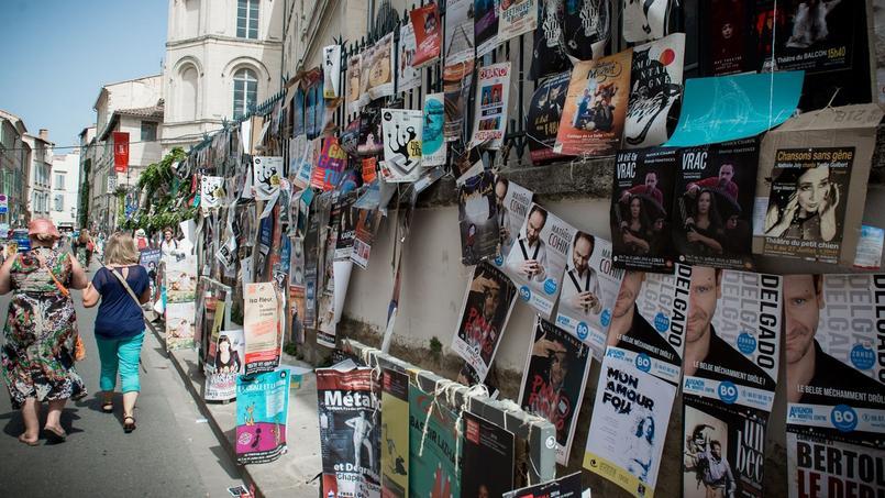 Les rues d'Avignon pendant le Off de 2016.