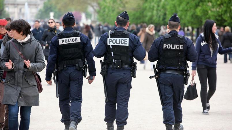 Entre autres, la généralisation des caméras dites «piéton» intégrées sur les uniformes des policiers et des gendarmes pour filmer leurs interventions en direct semble plébiscitée.