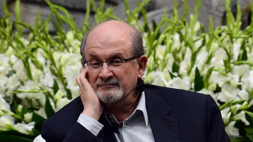 Salman Rushdie vit sous la menace d'une fatwa depuis 27 ans.