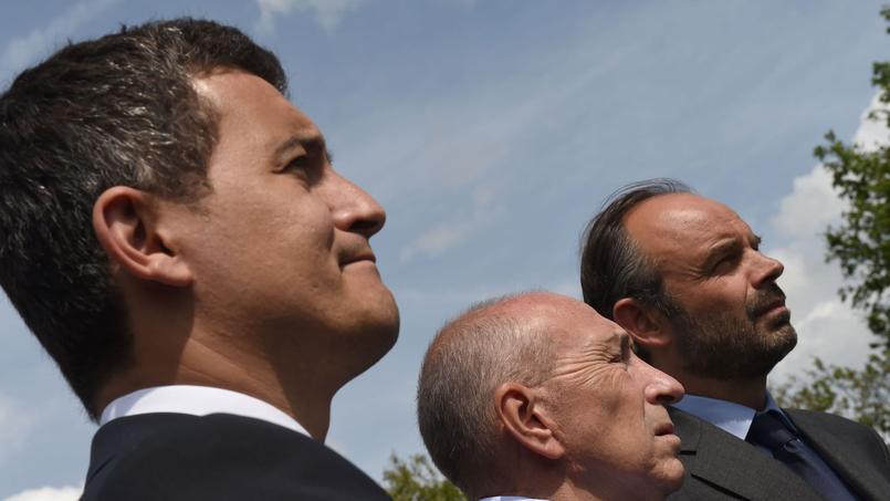 Le ministre de l'Action et des comptes publics (à gauche), ici avec Gérard Collomb et Edouard Philippe (à droite), lors d'un déplacement le 5 juin dans le nord de la France.