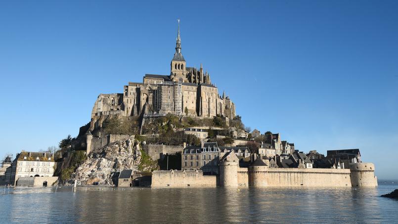 La numérisation est le fruit du partenariat entre l'université de Caen et la ville d'Avranches.