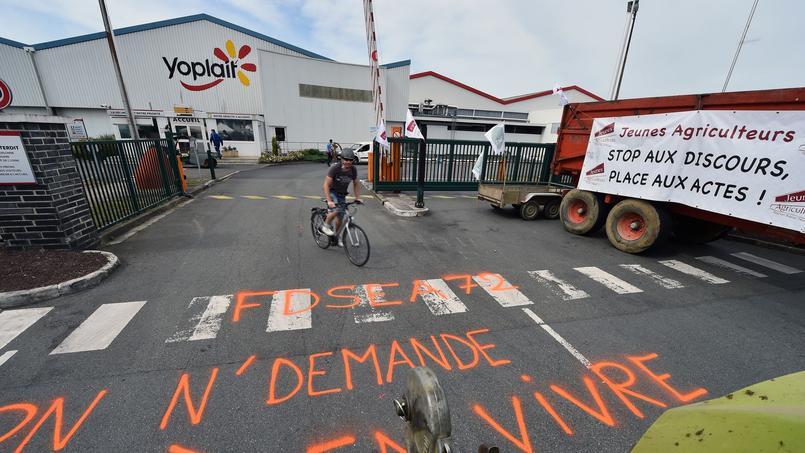 Les actions sur les sites sarthois du Mans (Sodiaal), en Loire-Atlantique à Ancenis (Terrena) et Herbignac (Agrial) bloqués depuis mardi, sont levées.