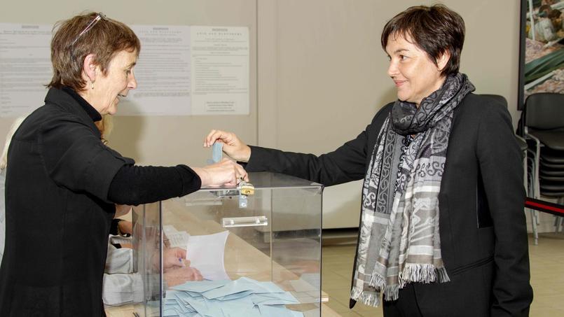 Annick Girardin, réélue de justesse, pourra rester ministre — Législatives