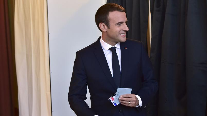 Elections législatives françaises : Emmanuel Macron obtient la majorité absolue