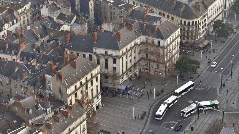 Nantes. Contre la chaleur, des conducteurs de bus travaillent... en jupe