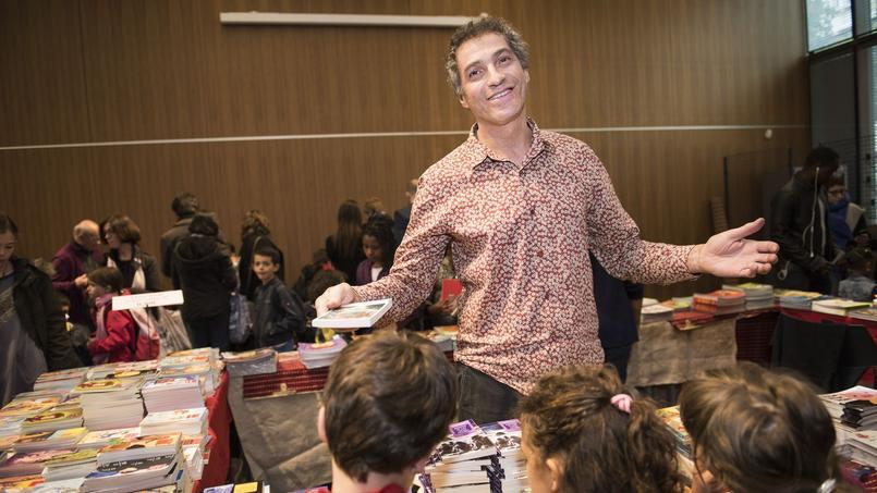 Vincent Safrat, fondateur de l'association, a vendu 2,5 millions d'exemplaires en 2016..