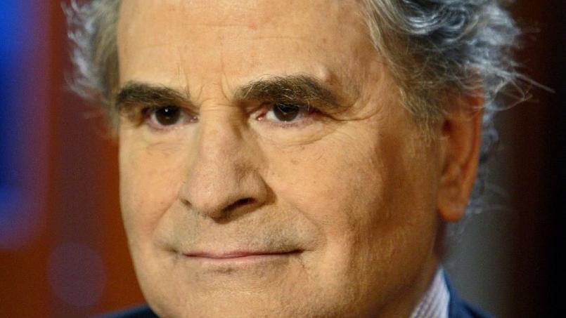 Pierre Combescot est mort mardi 27 juin à l'âge de 77 ans. Il avait reçu le prix Goncourt en 1991 pour les «Filles du calvaire».