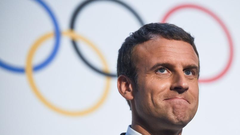 L'engagement du président Emmanuel Macron en faveur des JO de Paris 2024 ne suffit pas à convaincre les internautes mécontents.