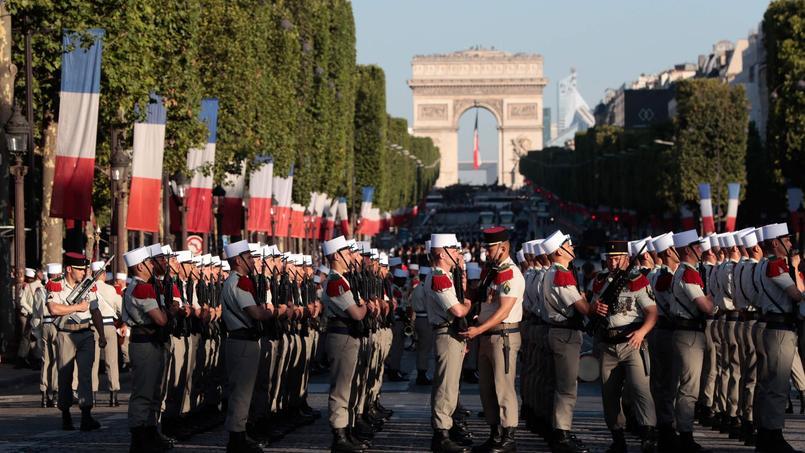 Revivez en vidéo le défilé du 14 Juillet à Paris