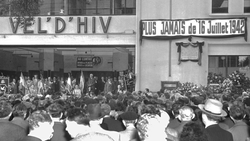 Lors d'une commémoration de la rafle du Vél' d'Hiv', en 1956.