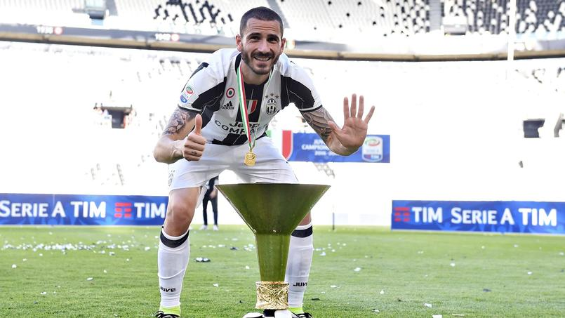 Leonardo Bonucci fêtant son 6e sacre en Serie A