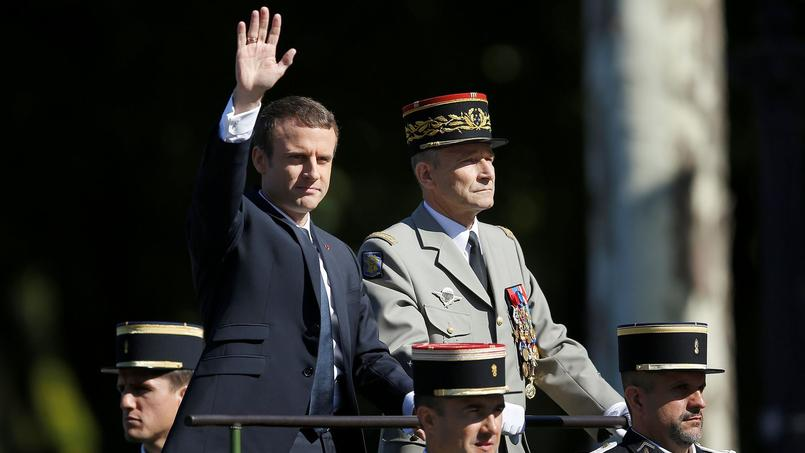 Passe d'armes Macron/Villiers : n'est pas De Gaulle qui veut !
