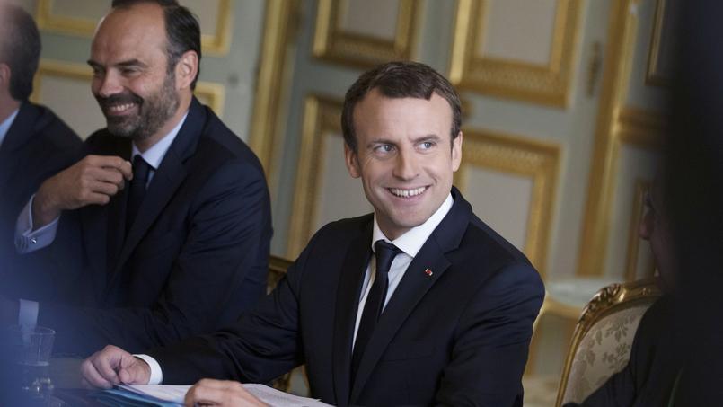 Emmanuel Macron et Édouard Philippe à l'Élysée le 13 juillet dernier. L'appréciation positive duFMI conforte l'exécutif sur le fond des mesures engagées et sur la stratégie adoptée.