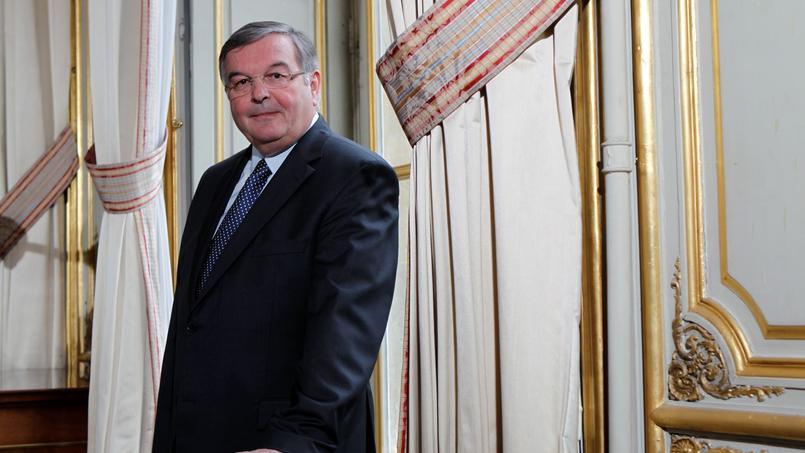 Michel Mercier épinglé pour emplois familiaux — Conseil constitutionnel