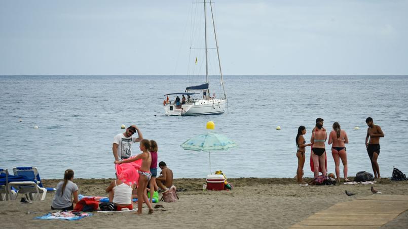 A Tenerife, dans l'archipel des Canaries, des professionnels font des réclamations d'indemnisation un véritable business.