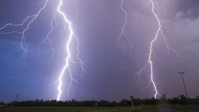 Météo: la vigilance orage maintenue dans 5 départements