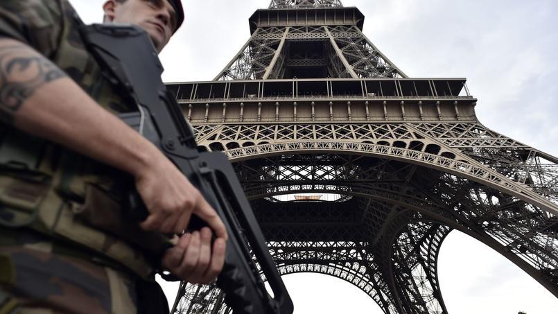 Attaque de Levallois-Perret: le portrait du suspect interpellé diffusé