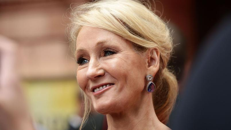 La romancière britannique J.K. Rowling, mère de la saga Harry Potter, est l'auteure la mieux payée du monde, selon le magazine Forbes.