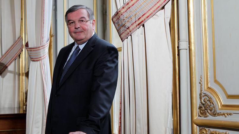 Michel Mercier entendu par la justice, l'enquête élargie à sa femme