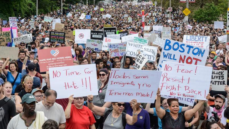 40 000 personnes marchent à Boston contre la droite radicale — Etats-Unis
