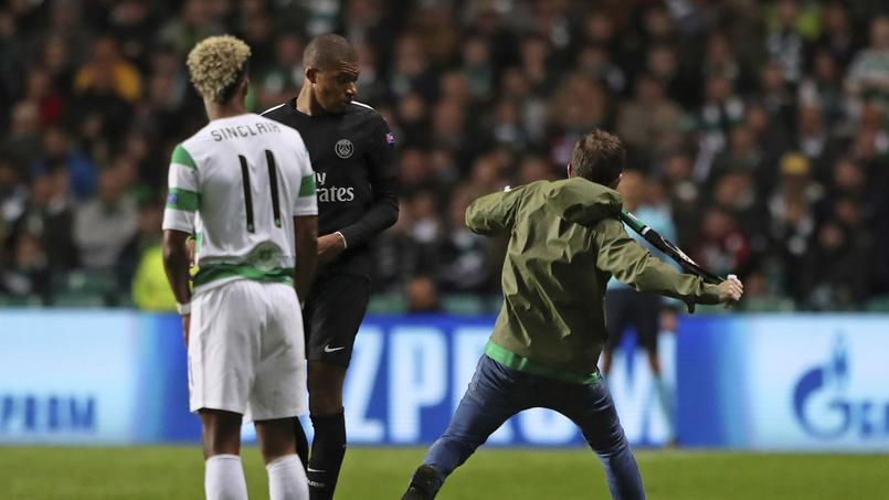 La grosse frayeur de Mbappé, agressé par un supporter écossais