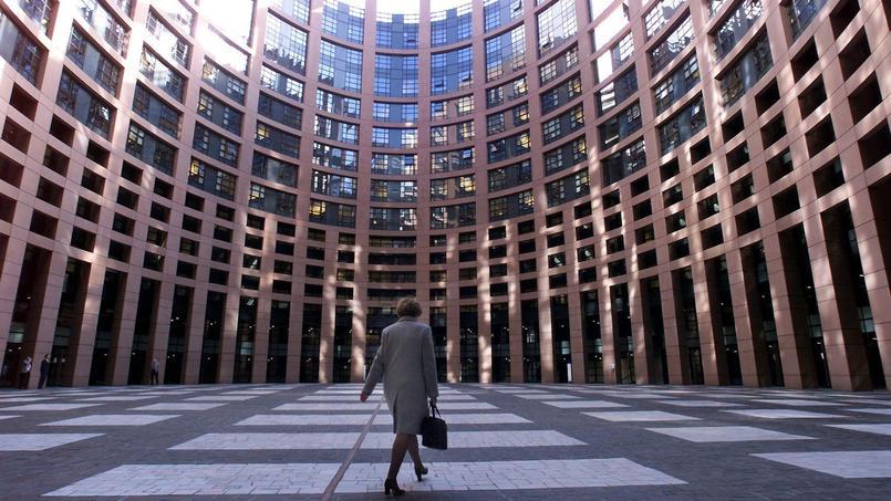 Au Parlement européen, une assistante parlementaire tient un «cahier de notes sexistes»
