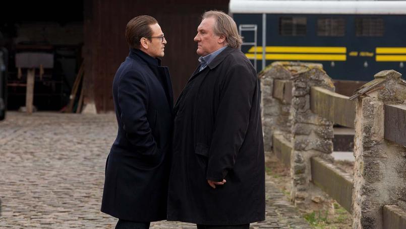 Gérard Depardieu fait la leçon à Benoît Magimel dans Carbone