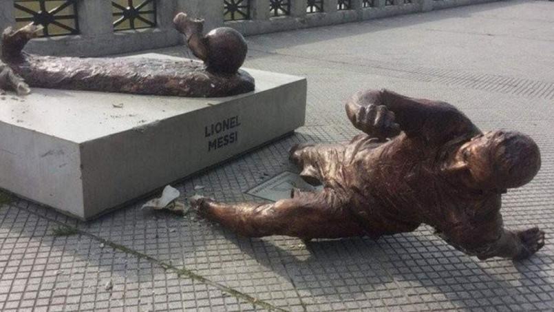La statue de Messi (encore) vandalisée à Buenos Aires