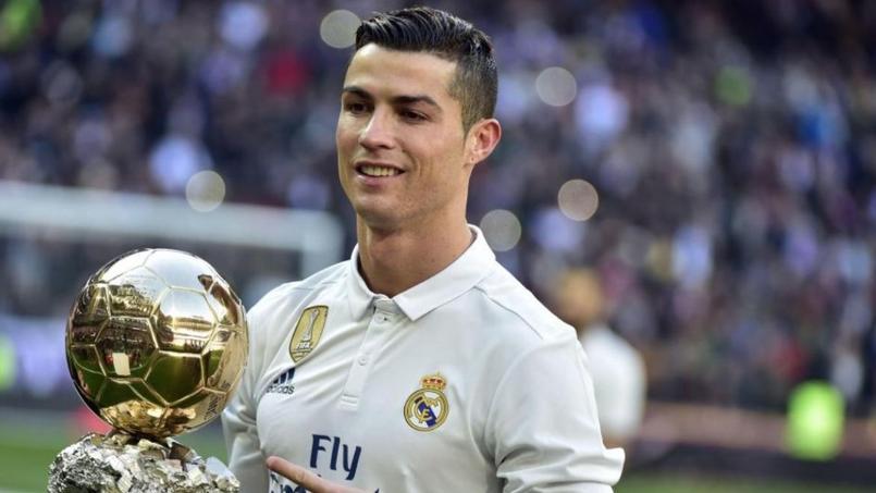 Ballon d'Or 2017 : Cristiano Ronaldo couronné une 5e fois devant la Tour Eiffel ?