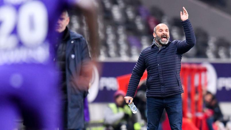 Victime d'un malaise, Pascal Dupraz manquera le match face à Saint-Etienne
