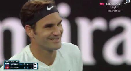 Open d'Australie: un bébé «interrompt» la rencontre de Federer