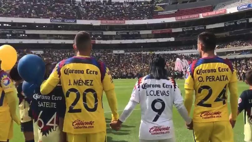 Ménez présenté devant 20.000 fans de Club América — Mexique