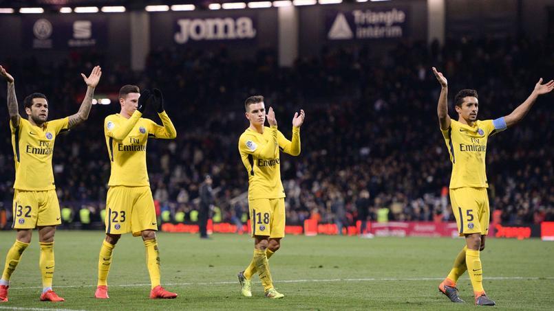 Les Parisiens après la victoire à Toulouse (1-0) samedi.