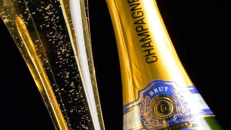 Ventes record de champagne en 2017: vers quels pays la France exporte-t-elle le plus ?