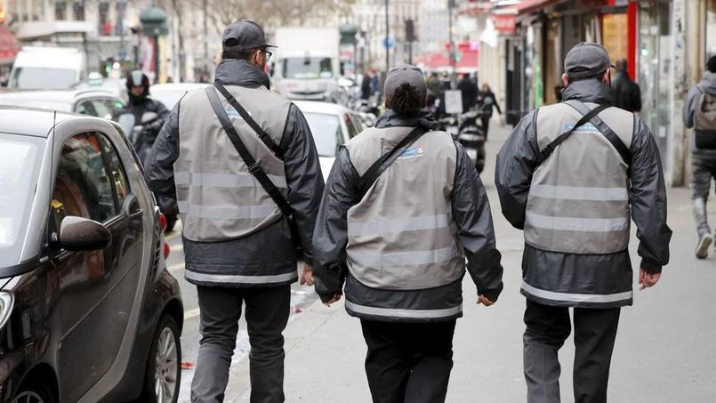 stationnement la mairie de paris va porter plainte contre streeteo. Black Bedroom Furniture Sets. Home Design Ideas