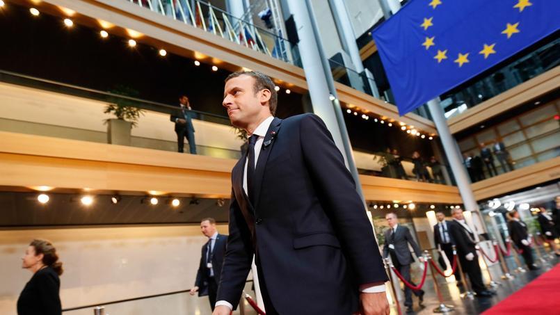 Emmanuel Macron passe son premier grand oral devant le Parlement européen