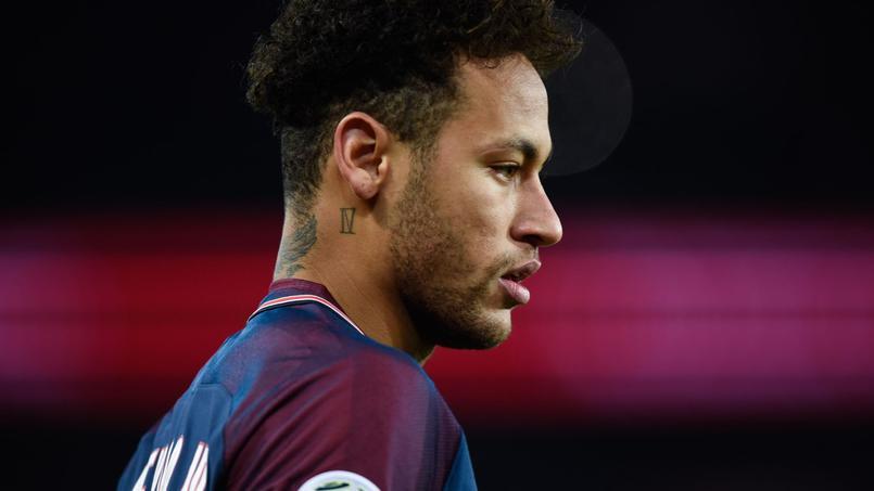 Neymar fête le titre du PSG... en jouant au poker en ligne