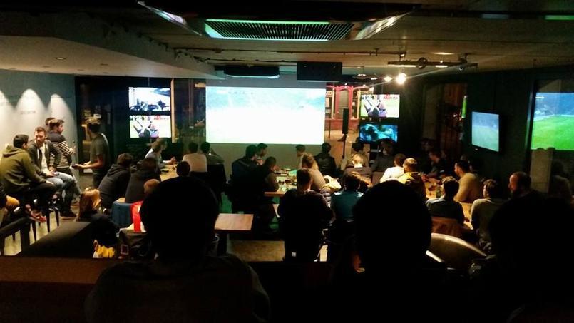 Un bar à Lille propose de voir des matches en interagissant avec les autres clients