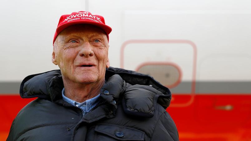 Niki Lauda, dans un état critique après une opération, est sorti du coma