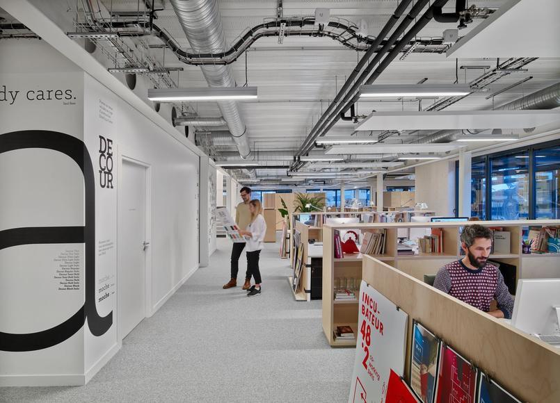 Un open space dans la Manufacture design. Crédit: Saguez & Partners.