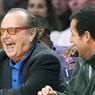 Jack Nicholson ne louperait pour rien au monde une affiche au Staples Center de Los Angeles.