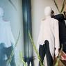 Les sœurs jumelles Anja et Sandra Umann, créatrices de la maison Umasan, inventent une mode 100% végane. Des vêtements coupés dans des tissus en fibres végétales ou à base de plastique recyclé.