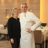 Le chef Benoît Violier et son épouse Brigitte, dans son restaurant l'Hotel de Ville .